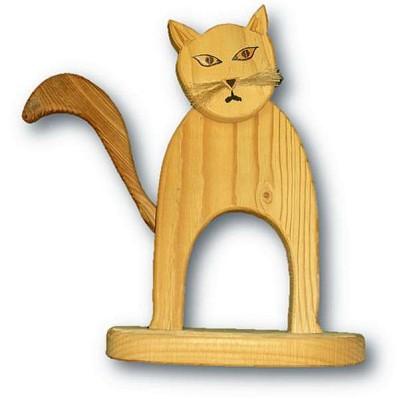 Katze aus Fichtenholz