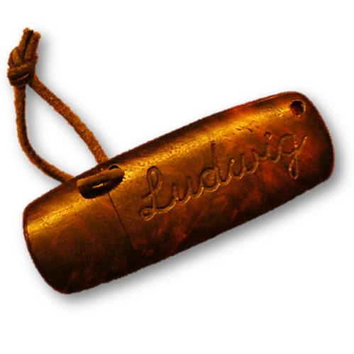 USB Stick aus Holz mit Gravur