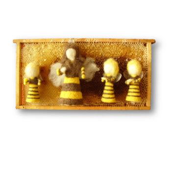 Bienenkönigin mit Bienenkindern